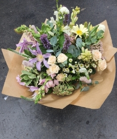 Handtied Florists Choice